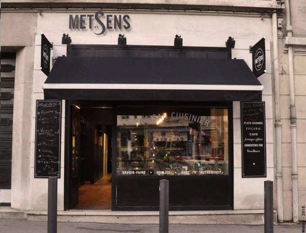 FACADE-BOUTIQUE-METSENS